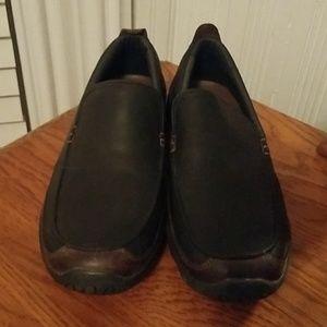 Men's slide on shoes